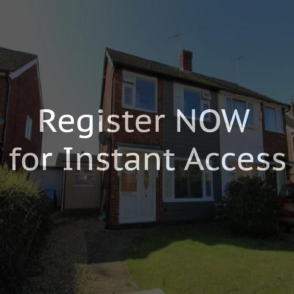Houses to rent in yaxley