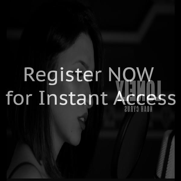 Online chat rooms india